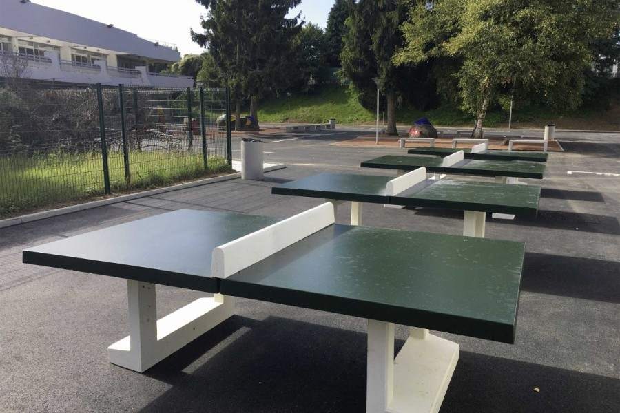 <span>Table ping pong Duel</span><i> →</i>